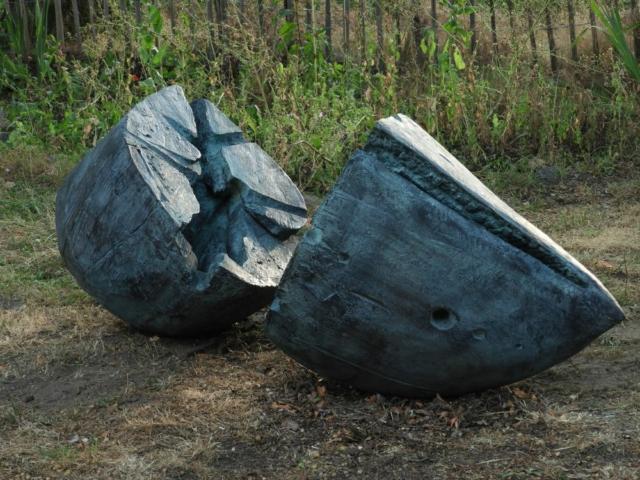Bronze Age by Jaak Hillen -  Échoué